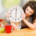 Почему лучше не есть после шести